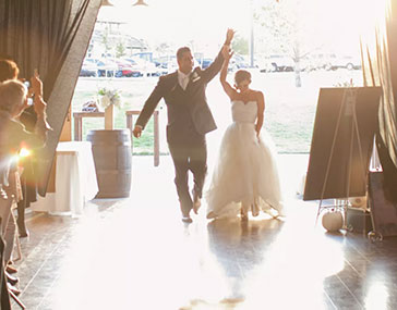 Read more about the article Wedding Entrance Songs That'll Wow Any Crowd