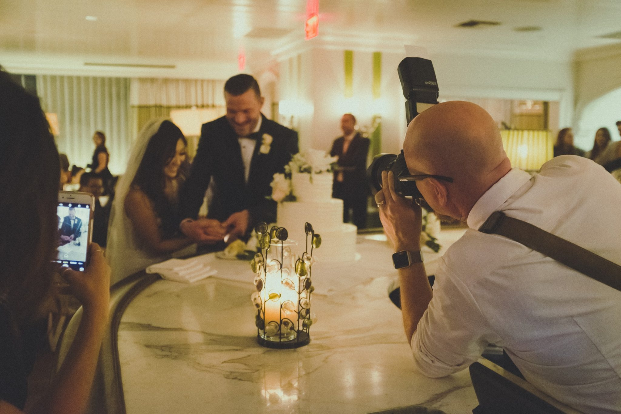 Read more about the article The Importance of Wedding DJ's and Photographers Working Together